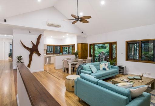1 plantation drive lounge