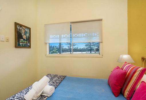 2 park street bed window