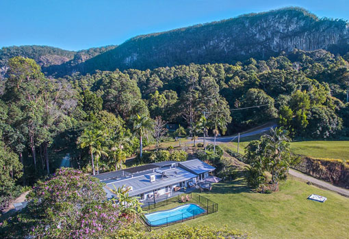 231 Frasers Road aerial