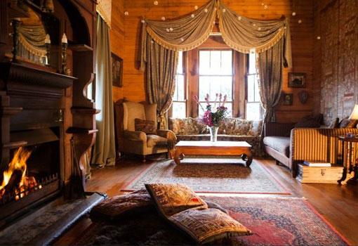 coorabella lounge